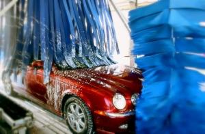 Tu coche reluciente con este lavado especial.