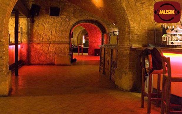 Nochevieja en sala musik y 2 copas descuento 27 11 for Sala x murcia